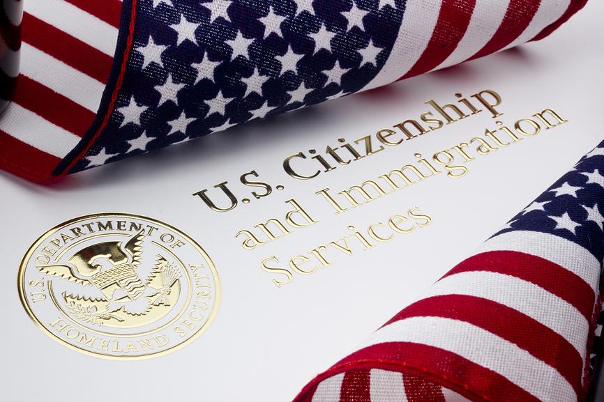 Украинцам разрешили получать рабочие визы в США в отличие от россиян